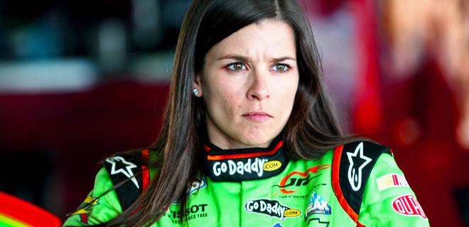 111712-NASCAR-Danica-Patrick-PI_20121117204115753_660_320